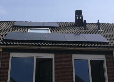 Souverein te Alkmaar foto dak met 8 panelen