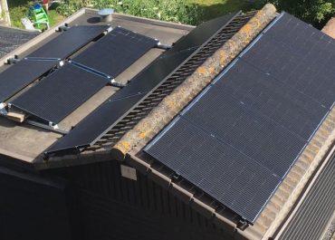 Nieuwenhuizen te Wijk aan Zee panelen op 3 daken